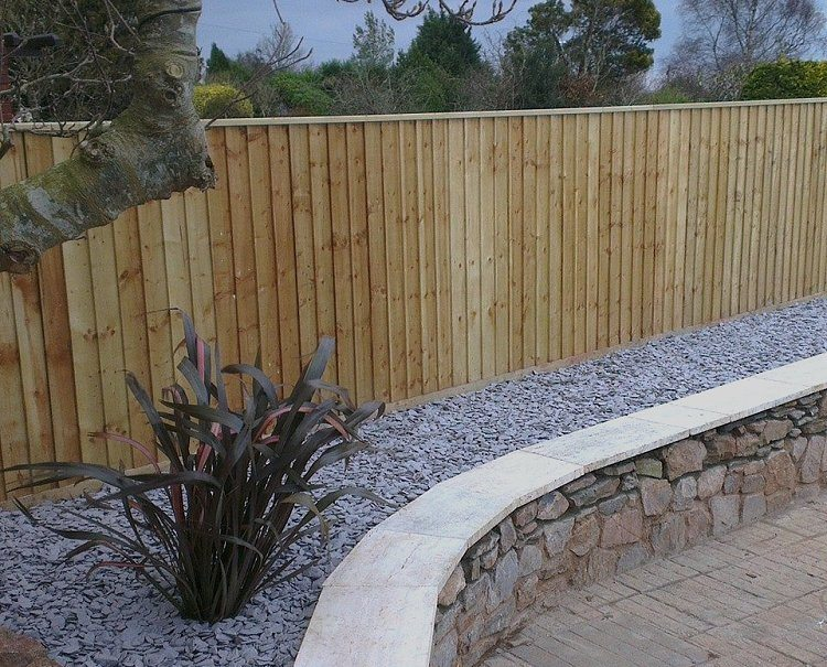Featheredge Capping | Garden Fencing | Devon and Cornwall