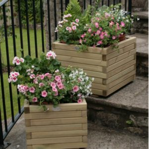 The contemporary looking Huttons square planters offer choice of large or small
