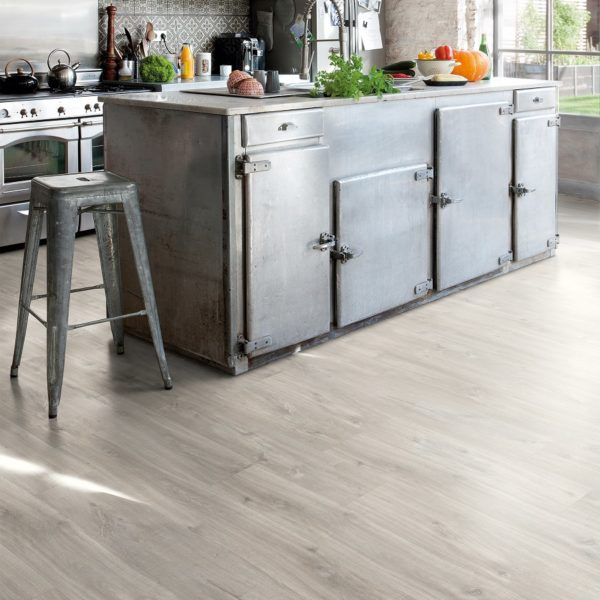 Canyon Oak Grey with Saw cuts Balance click Plus