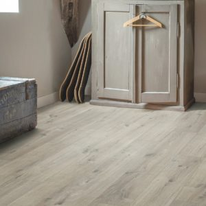 PUGP40106_Pulse_Click_Plus_Cottage_Oak_Grey_Saw_Cuts